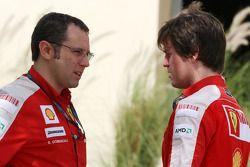 Stefano Domenicali, Scuderia Ferrari, Sporting Director, Rob Smedly, Scuderia Ferrari, Track Enginee