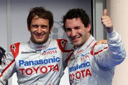 Обладатель поула Ярно Трулли, Toyota F1 Team. второе место – Тимо Глок, Toyota F1 Team