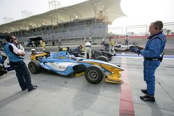 Michael Dalle Stelle and Javier Villa start from the pit lane