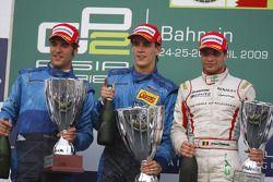 Podium : le vainqueur Diego Nunes, Piquet GP, le deuxième Roldan Rodriguez et le troisième Jérôme D'Ambrosio