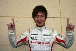 Kamui Kobayashi célèbre son titre de champion 2009 de GP2 Asia