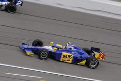 Mike Conway, Dreyer & Reinbold going under Raphael Matos, Luzco Dragon Racing