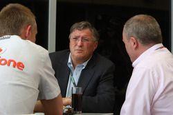Martin Whitmarsh, McLaren, Şef Sorumlusu, Richard Lapthorne, yeni Fahri Yönetim Kurulu Başkanı, McLa