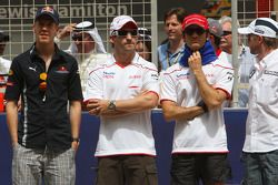Sebastian Vettel, Red Bull Racing, Timo Glock, Toyota F1 Team, Jarno Trulli, Toyota Racing ve Nick H