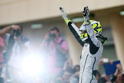 Победитель гонки Дженсон Баттон, Brawn GP