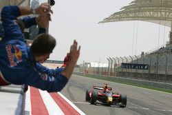 Luiz Razia crosses the line to take his first GP2 Asia victory