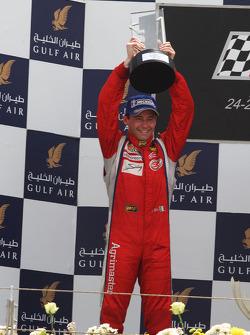 Thomas Biagi, Palm Beach, célèbre sa deuxième place sur le podium