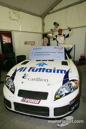 Gianni Morbidelli, Palm Beach, célèbre son succès au championnat