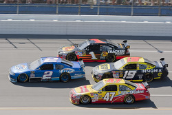 Kurt Busch, Penske Racing Dodge, Marcos Ambrose, JTG Daugherty Racing Toyota, Elliott Sadler, Richard Petty Motorsports Dodge, Martin Truex Jr., Earnhardt Ganassi Racing Chevrolet