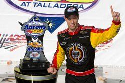 Victory lane: race winner Brad Keselowski, Phoenix Racing Chevrolet