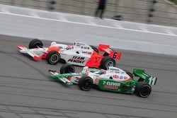 Ryan Briscoe, Penske Racing runs with Tony Kanaan, Andretti Green Racing