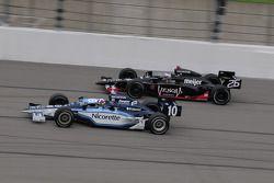 Marco Andretti, Andretti Green Racing runs with Dario Franchitti, Target Chip Ganassi Racing