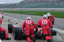 Scott Dixon, Target Chip Ganassi Racing makes a pitstop