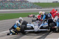Dario Franchitti, Target Chip Ganassi Racing passe par les stands