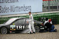 Ralf Schumacher, Team HWA AMG Mercedes C-Klasse, dans le gravier