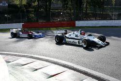 Richard Eyre (GB) Williams FW08-3 N°6, RJM Motorsport (1982) et Rodrigo Gallego (P) March 761/8 N°8, MEC Auto (1976)