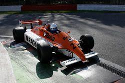 Abba Kogan (BR) Arrows A3/4 N°23, Hall & Hall (Anciennement pilotée par Ricardo Patrese and Jochen Mass, 1980)