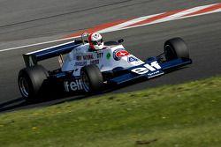 Hubertus Bahlsen (CH) Tyrrell 008 N°°4 (Anciennement pilotée par Didier Pironi, 1978)
