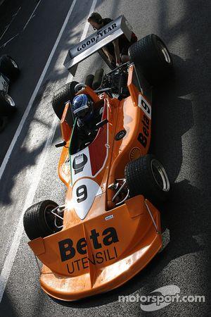 Peter Meyrick (GB) March 761 N°9, AMR (Anciennement pilotée par Vittorio Bambilla, 1976)