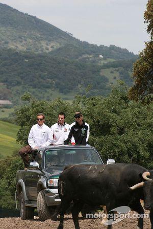 Sete Gibernau, Grupo Francisco Hernando, Alex De Angelis, San Carlo Honda Gresini, Colin Edwards, Monster Yamaha Tech 3, visit a ranch in Southern Spain