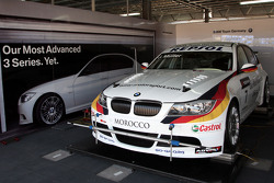 Voiture de Jorg Muller, BMW Team Germany, BMW 320si