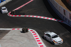 Jorg Muller, BMW Team Germany, BMW 320si et Andy Priaulx, BMW Team UK, BMW 320si