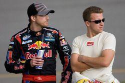 Scott Speed, Red Bull Racing Team Toyota et A.J. Allmendinger, Richard Petty Motorsports Dodge