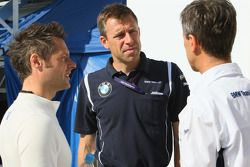 Andy Priaulx, BMW Team UK, Bart Mampaey, Team Manager Team UK and Roberto Ravaglia, ITA, Team Manage