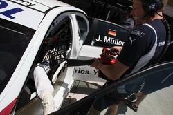Jorg Muller, BMW Team Germany est rafraîchi