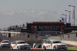 Sergio Hernandez, BMW Team Italy-Spain, BMW 320si et Alex Zanardi, BMW Team Italy-Spain, BMW 320si