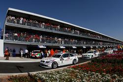 Andy Priaulx, BMW Team UK, BMW 320si, Alex Zanardi, BMW Team Italy-Spain, BMW 320si and Sergio Herna