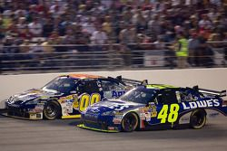 Jimmie Johnson, Hendrick Motorsports Chevrolet, David Reutimann, Michael Waltrip Racing Toyota