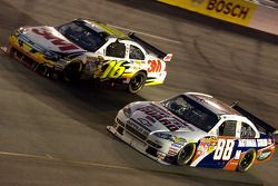 Greg Biffle, Roush Fenway Racing Ford, Dale Earnhardt Jr., Hendrick Motorsports Chevrolet