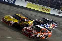 Tony Stewart, Stewart-Haas Racing Chevrolet, Kevin Harvick, Richard Childress Racing Chevrolet, Bria