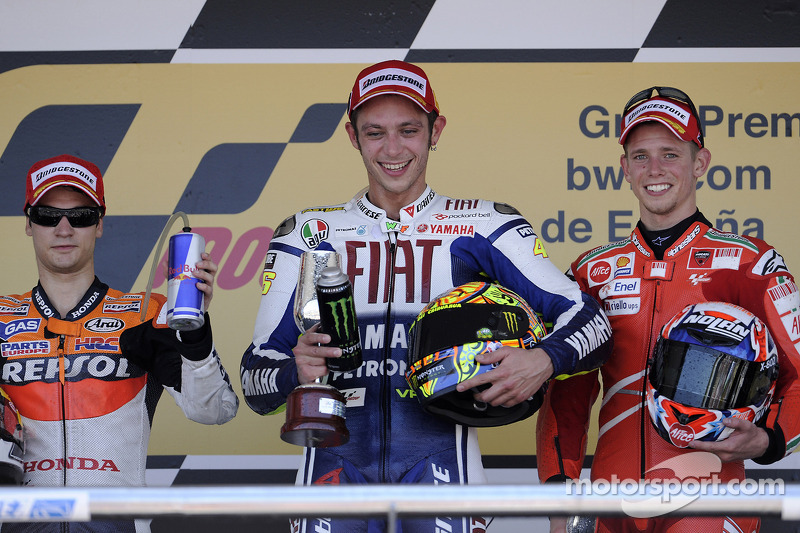 Podio: 1º Valentino Rossi, 2º Dani Pedrosa, 3º Casey Stoner