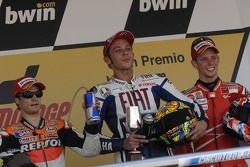 Podium: race winner Valentino Rossi, Fiat Yamaha Team, second place Dani Pedrosa, Repsol Honda Team,