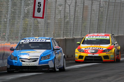 Robert Huff, Chevrolet, Chevrolet Cruze et Gabriele Tarquini, Seat Sport, Seat Leon 2.0 TDI