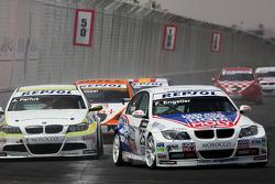 Franz Engstler, Liqui Moly Team Engstler, BMW 320si et Augusto Farfus, BMW Team Germany, BMW 320si