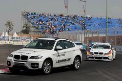 Jorg Muller, BMW Team Germany, BMW 320si derrière le safety car