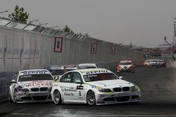 Augusto Farfus, BMW Team Germany, BMW 320si et Andy Priaulx, BMW Team UK, BMW 320si