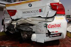 Crashed car of Sergio Hernandez, BMW Team Italy-Spain, BMW 320si