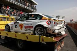 Demolished car of Sergio Hernandez, BMW Team Italy-Spain, BMW 320si