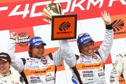 GT300 winners Morio Nitta and Shinichi Takagi