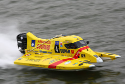 #4 class 3 Sun Racing Team: Joël Dozias, Yves Grolet, Franque Coupard, Nicolas EmmanBuoeyler