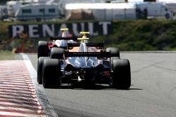 N°20 Mofaz Fortec Motorsport: Sten Pentus, N°3 Ultimate Motorsport: Greg Mansell, N°24 Pons Racing: Federico Léo