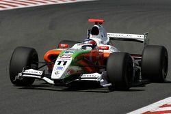N°11 International Draco Racing: Bertrand Baguette