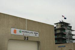Garage de Townsend Bell, KV Racing Technology