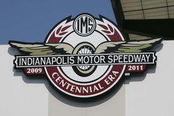 Logo Centennial Era
