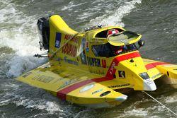 Sun Racing Team N°4 classe 3 : Joël Dozias, Yves Grolet, Franque Coupard, Nicolas EmmanBuoeyler