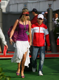 Isabell Reis, Girlfriend of Timo Glock and Timo Glock, Toyota F1 Team